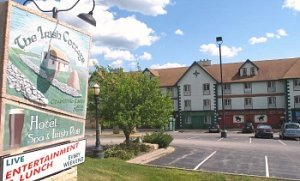Irish Cottages - Themed Suites in Galena, IL