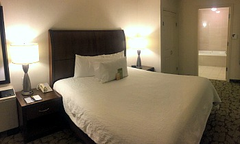 Hotels In West Edmonton With Jacuzzi Rooms
