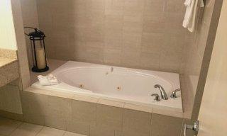 Edmonton Alberta Hilton Whirlpool Tub