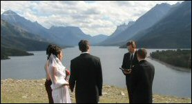 Romantic Destination Wedding Spot in the Canadian Rockies