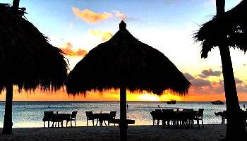 Romantic Beach Dinner Aruba