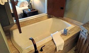 Asheville NC Soaker Tub Suite