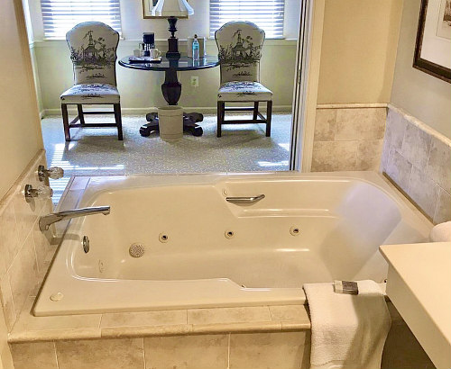 Pennsylvania Hot Tub Suites Hotel Rooms With Private Whirlpool Tubs