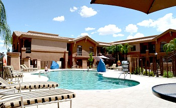 Embassy Suites Tucson Pool