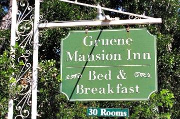 Gruene Mansion Inn sign, Gruene, TX