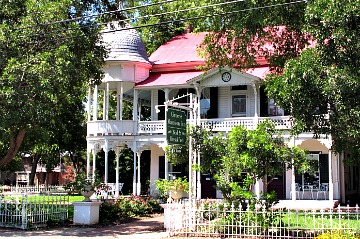 Gruene Mansion Inn, New Braunfels, TX