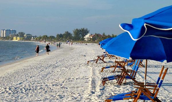 GullWing Resort - Beachfront