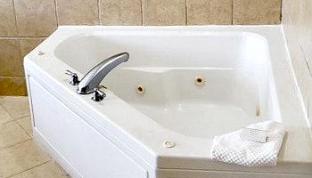 Hampton Inn Spa Tub Suite, Savannah GA