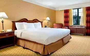 Hilton Mystic Connecticut Jacuzzi Suite
