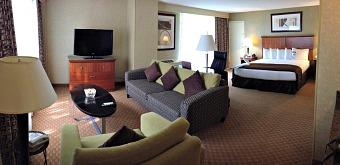 Hilton Doubletree Denver Hotel Suite