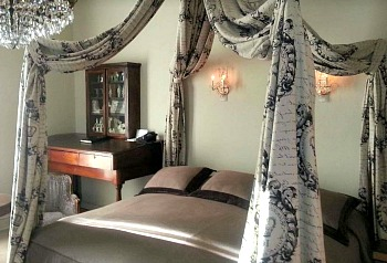 Texas Honeymoon Suite