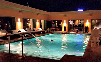 Rooftop Pool Hotel Contessa