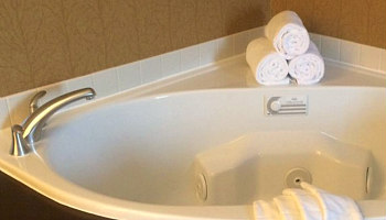 Whirlpool Suite Annapolis MD