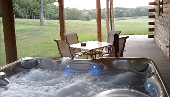Illinois Cabin Hot Tub