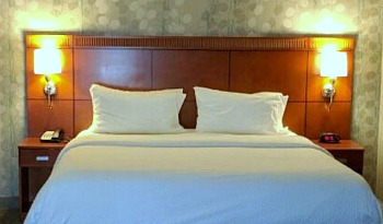 Affordable Detroit Marriott Hotel
