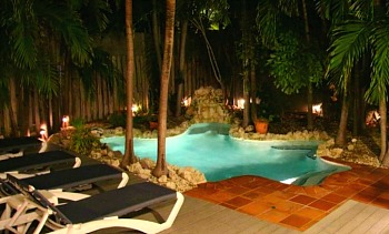 Romantic Suite with Private Pool