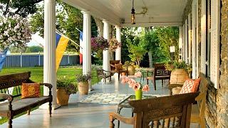 Front Porch, L Auberge Provencale B&B, Virginia
