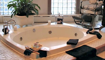 New York City Hot Tub Suites 2021 Nyc Hotel Rooms With Jetted Tubs