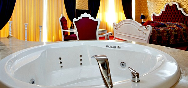 Romantic New Jersey Hot Tub Suite