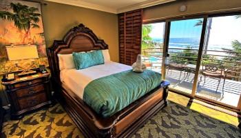 San Diego Oceanfront Hotel Room