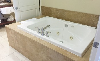 Jetted Tub Suite at the Westin Desert Willow Villas