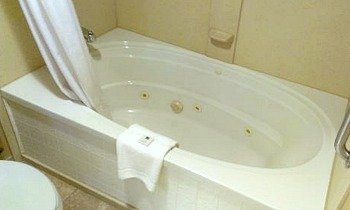 Pennsylvania Jacuzzi Suites Excellent Romantic Vacations