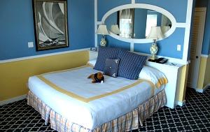 King Oceanfront Room, Portofino Hotel