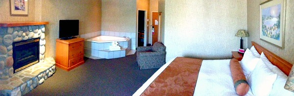 Room at the Ramada Penticton Hotel and Suites