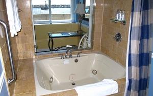 In Room Whirlpool Tub Portofino Hotel Redondo Beach Ca