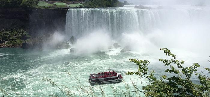 Romantic Niagara Falls Ontario