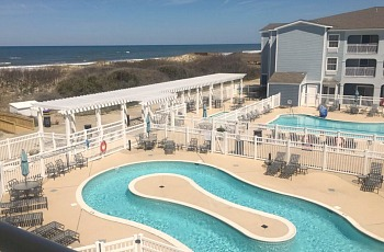 Pool at the Hampton Inn Outer Banks