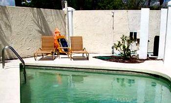 Florida Pool Suite