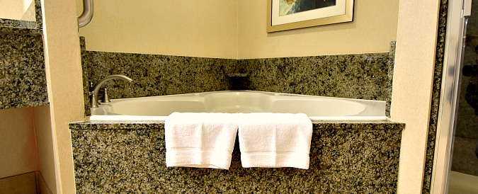 Great Smoky Mountains Tennessee Whirlpool Suite
