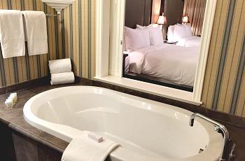 Soaker Tub - Oak Bay Beach Hotel