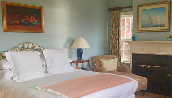 Romantic Stonington CT B&B