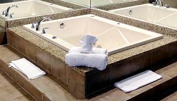 Themed Hot Tub Suite Near Philadelphia