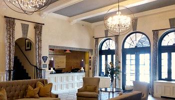 Romantic Tulsa Hotel