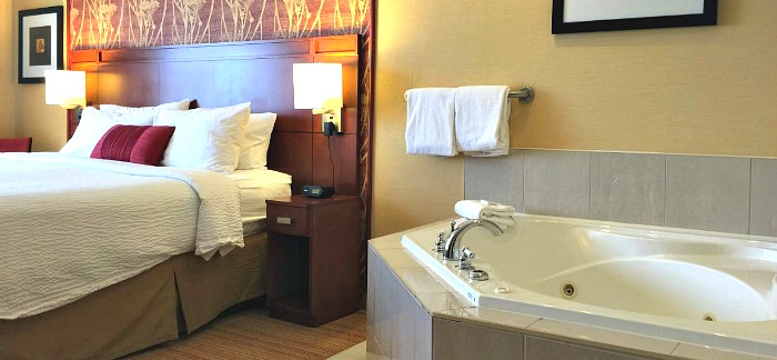 Romantic Hotels Virginia Beach Jacuzzi