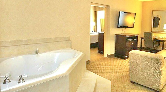 New Jersey Hot Tub Suites 2021 Nj Hotels With In Room Jetted Tubs