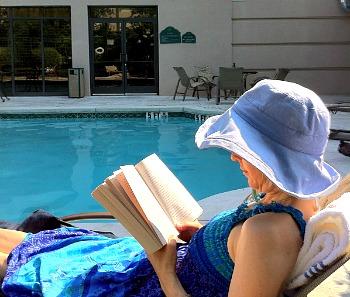 Wingate Wyndham Atlanta Hotel Pool