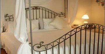 Honeymoon Room - Ambrosia B&B Key West