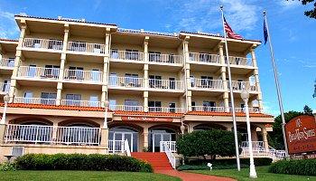 Bella Vista Suites Wisconsin