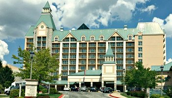 Chateau on the Lake, Branson Missouri