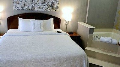 Hotel Hot Tub Suites Excellent Romantic Vacations