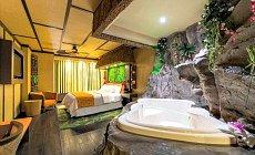 Hotel Theme Room