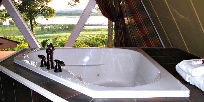 Jetted Tub Suite at the Goldmoor Inn, Galena Illinois