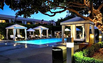 Romantic Sunset Boulevard Hotel