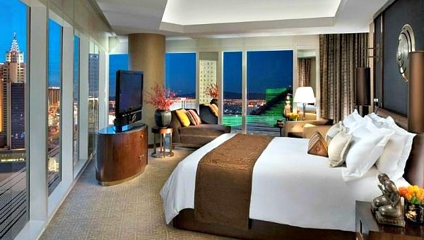Mandarin Oriental Las Vegas Honeymoon Suite