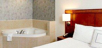 San Antonio Whirlpool Suite