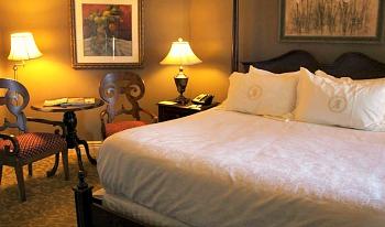 Romantic Memphis Hotel Room